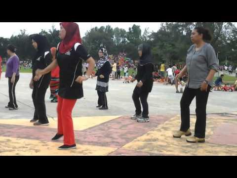AYU'S CLUB LINE DANCE ( Anzlech lecobiat )