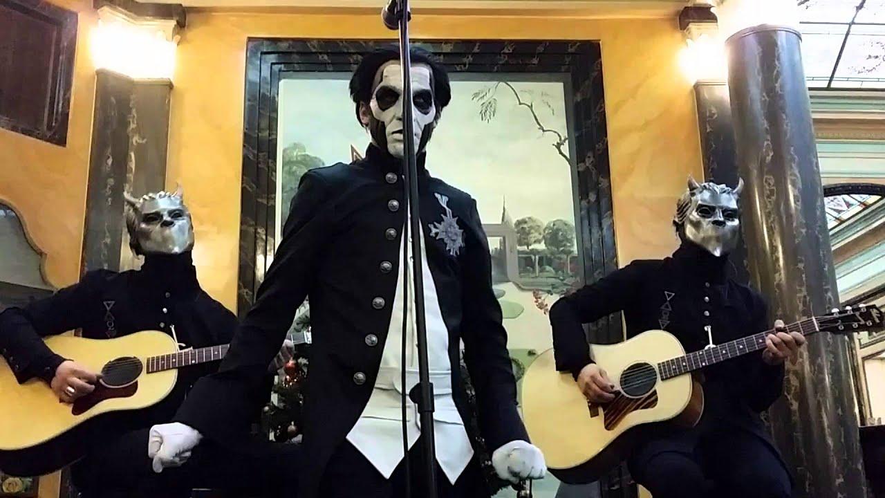 ghost-he-is-acoustic-session-in-paris-06-12-2015-eskun-ditaz