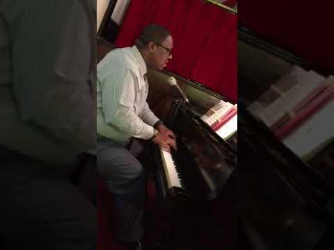 Chris Fleischer, Piano- Onward Christian Soldiers