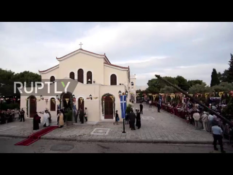 Greece: Timelapse shows relics of St. Helen displayed in Athens