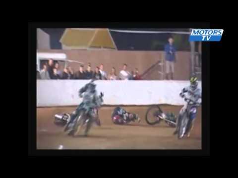 Tai nạn moto & oto trong đường đua