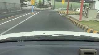 台中高速駕訓班-木木教練 倒車入庫教學示範。