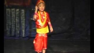 CHODEN SHERPA dancing in LALI GURAS AJAMBARI (Kunti Moktan) Nepali song.
