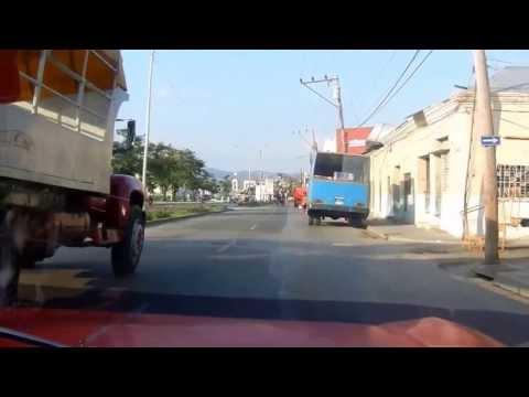 Por las calles de Santiago de Cuba
