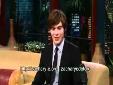 Young Zac Efron singing