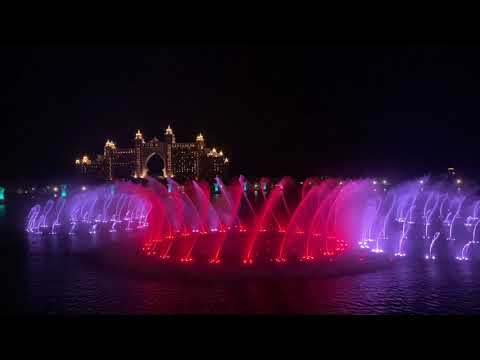 Worlds BIGGEST Water Fountain: DUBAI The Pointe * filmed in 4K * (Dubai The Palm 2020)