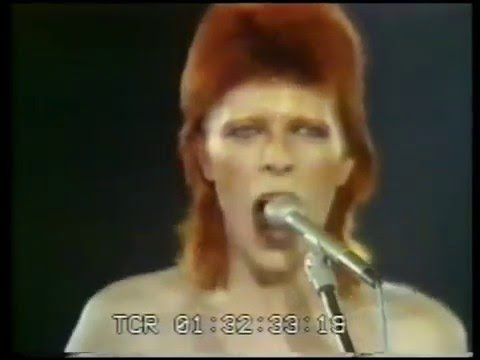 "David Bowie performing ""1984"" at The Marquee Club in 1973"