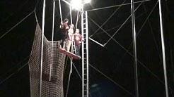 Trapeze U in Gilbert, AZ.  Student Fly Show, Tina - Backend Split Catch, No Lines