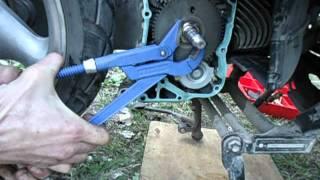 видео Обгонная муфта генератора, для чего нужна и почему появилась
