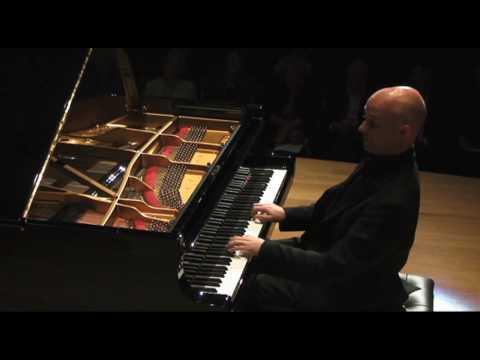 Charles Owen piano Bach Partita 5 part 2