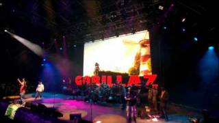 Gorillaz - Feel Good Inc. (Live @ Glastonbury 2010)