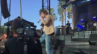 skin and bones - cage the elephant (04/10/19)