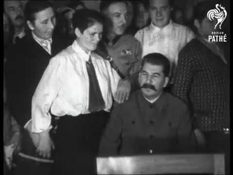 Stalin At Women's Meeting - Molotov (0)
