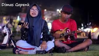 Download lagu guyonwaton karna su sayang near ft Dian sorowea by dimas gepenk MP3