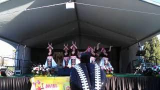Ntxhais Tshaj Yeej - Sacramento Hmong New Year 2015-2016