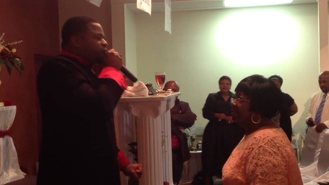 dr dennis t collins apostle performs a miracle healing o dr dennis t collins apostle performs a miracle healing o