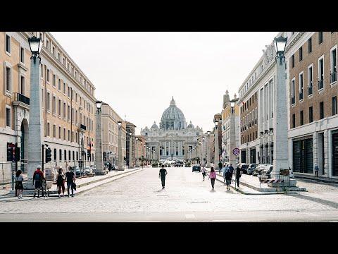 Sóng gió sai phạm tài chính nổi lên ở Vatican. Bách hại: Chính quyền Ái Nhĩ Lan cấm rước lễ lần đầu