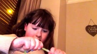 Making a glow stick necklace