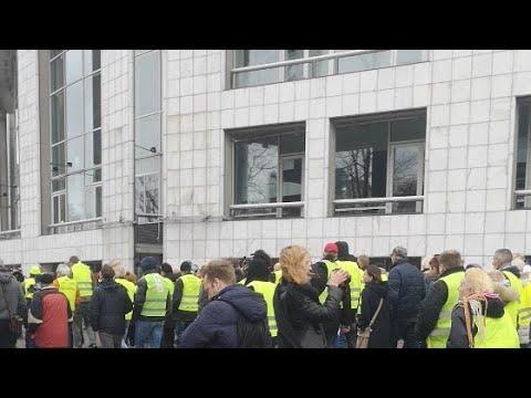 Gele Hesjes Protest In Amsterdam