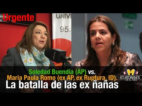 Mujeres asambleístas en Ecuador peleándose en la radio