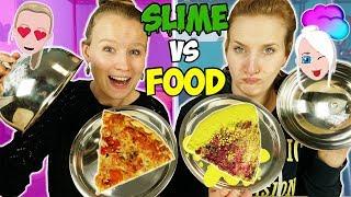 SLIME vs FOOD CHALLENGE Echtes Essen gegen glibbriges Schleim Essen - Wer kriegt was? Nina vs Kathi
