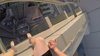 SNEAKING INTO ROOFTOP POOL IN DUBAI!