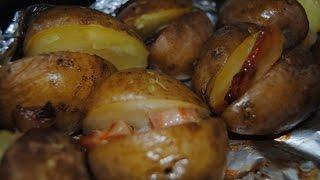 Как запечь картошку с грудинкой