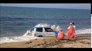 【衝撃映像】海に沈むJAFの車 パジェロ 志賀島手前の海ノ中道にて thumbnail