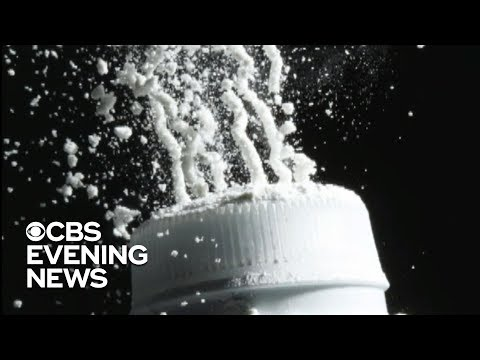 Johnson & Johnson knew of asbestos in baby powder, report says
