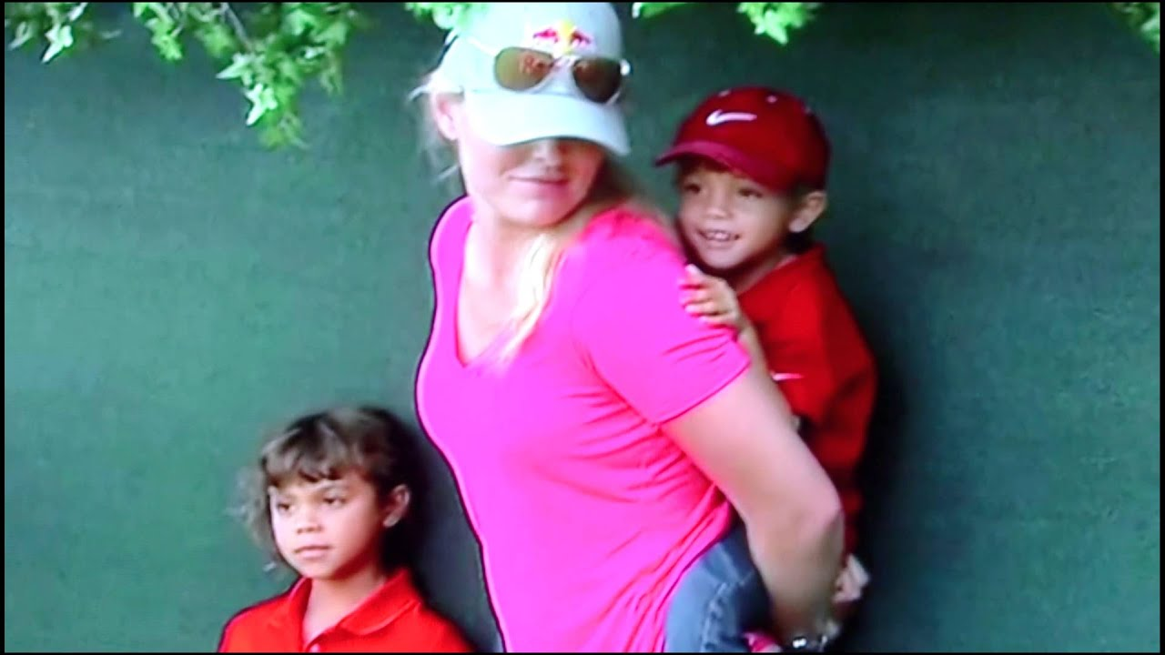 tiger woods  his two kids and lindsey vonn at east lake