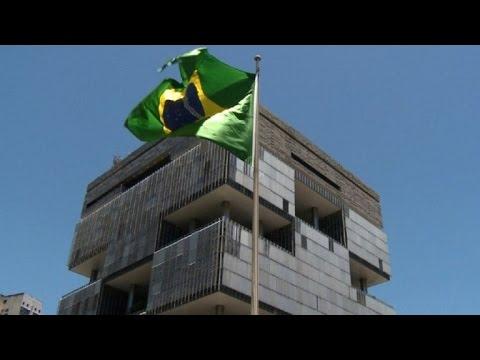 Fitch degrada la deuda de Brasil