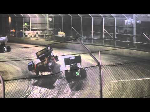 Redpath & Hoekstra Sprintcar crash Latrobe Speedway 5/12/15
