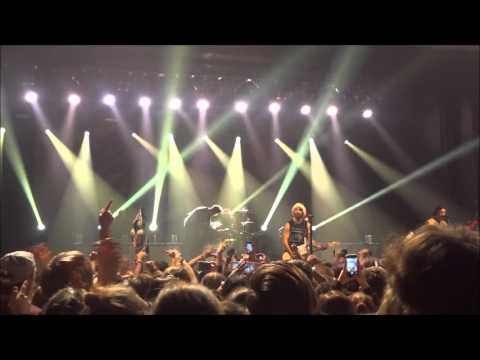 All Time Low-  Don't You Go live in Milwaukee 12/19/15 mp3