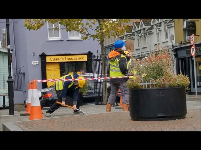 Digging an Imaginary Hole in Kinsale Town Centre