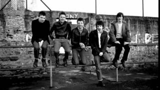 John Peel Plays a '44 star' Teenage Kicks 1979