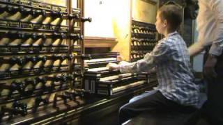 Bach Toccata and Fugue BWV 565 Hinszorgel - Bovenkerk - Kampen, gespeeld door Gert van Hoef