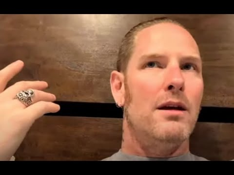 Slipknot vocalist Corey Taylor gave update on solo albums w/ 'Mosh Talks With Beez'