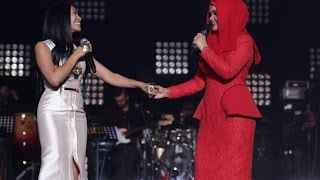 Anggun & Siti Nurhaliza performing Snow On The Sahara