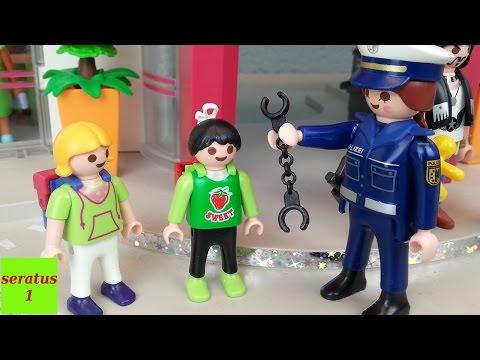 Anna wird verhaftet Playmobil Film seratus1 Polizeistation