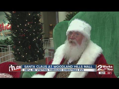 Santa Claus At Woodland Hills Mall