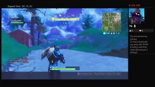 Trying to get a win on fortnite on pc with laim sorry mike broke so i woant speak