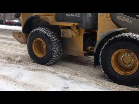 Déneigement Snow removal Montréal Avenue  Parc LaFontaine 3 janvier 2017