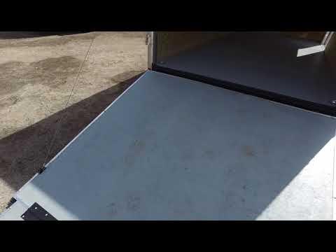 7x14 Wells Cargo   Enclosed Cargo Trailer