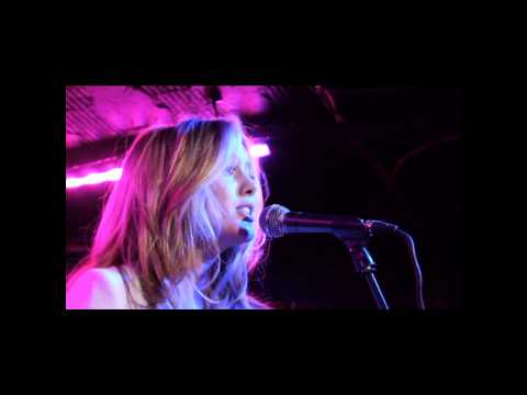 Caggie Dunlop live @ The Borderline 09.10.2013