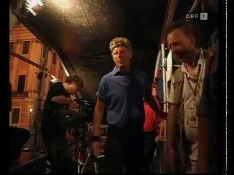 Austria 3 - Live vor dem Schloss Schoenbrunn (2000)