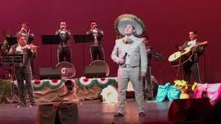 EL VIAJERO-ARTURO VARGAS- GRANDES VOCES YouTube Videos