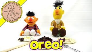 2007 Easy Bake Oven, Lps-dave Makes An Oreo Cookie Cake With Bert & Ernie!