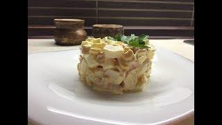 Необыкновенно вкусный салат с крабовыми палочками и чесноком