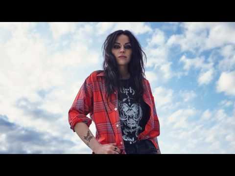 Amy Macdonald - Down By The Water (New single) - LIVE BBC Radio Scotland