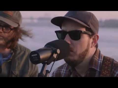 Vetiver - Save Me A Place (Buzzsession)